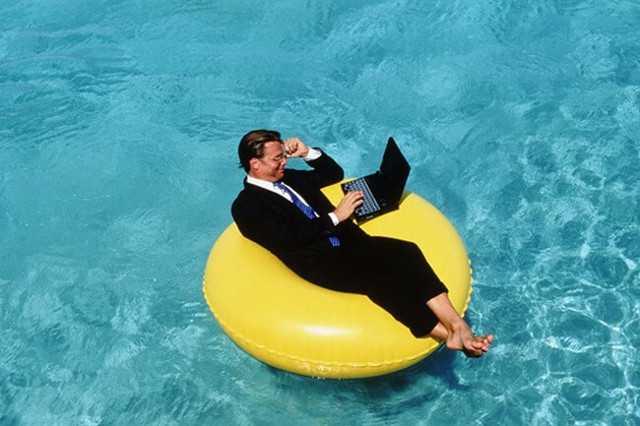 Ежегодный основной оплачиваемый отпуск: определение и его продолжительность