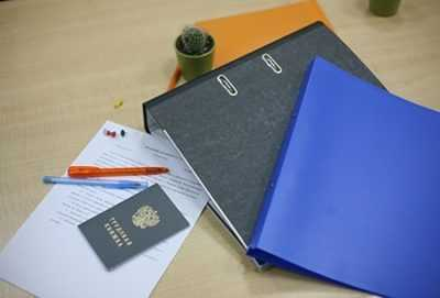 Зачем нужна трудовая книжка, как осуществляется ее заполнение и как обеспечить хранение